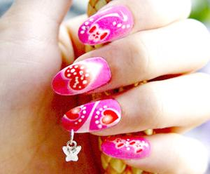 Нейл-пирсинг и накладные ювелирные украшения для ногтей